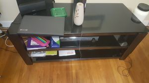 Tv stand hood up to 70in tv. for Sale in Washington, DC