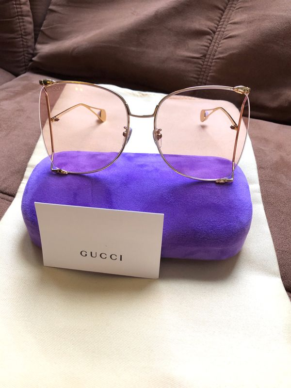 1f529a82bff Gucci GG0252S Oversize Sunglasses for Sale in Brooklyn