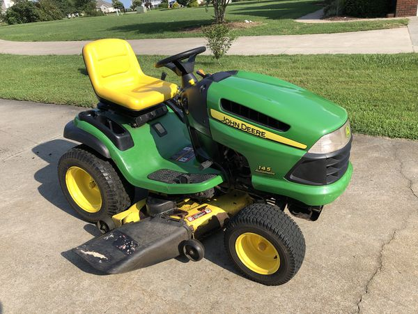 John Deere 145 Automatic Lawn Tractor For In Currituck Nc Offerup