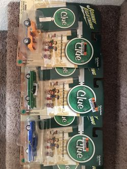 2004-(Clue w/ game cards) 13 Johnny Lightening 1:64 cars Thumbnail