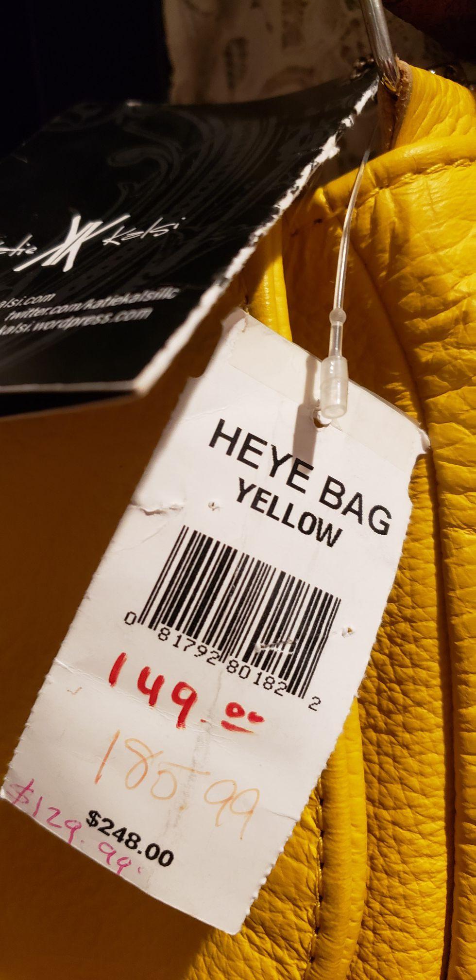 Elegante bolsa 100% piel genuina amarillo hermoso