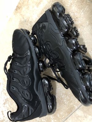Nike Vapormax plus for Sale in Kissimmee, FL