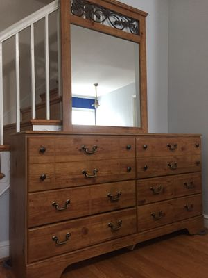 Dresser for Sale in Silver Spring, MD