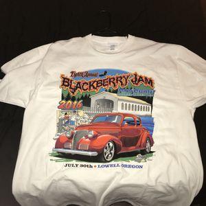 Mens Tommy Hilfiger TShirt For Sale In Glendale AZ OfferUp - Car show t shirts for sale