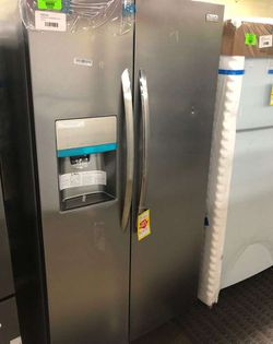 Brand New Frigidaire Gallery Side by Side Refrigerator (Model:LGHX2636TF) L Thumbnail