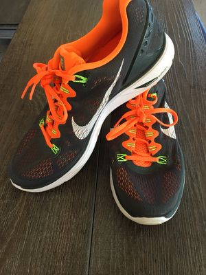 Nike Men's SZ 10 Running Shoe for Sale in Frederick, MD
