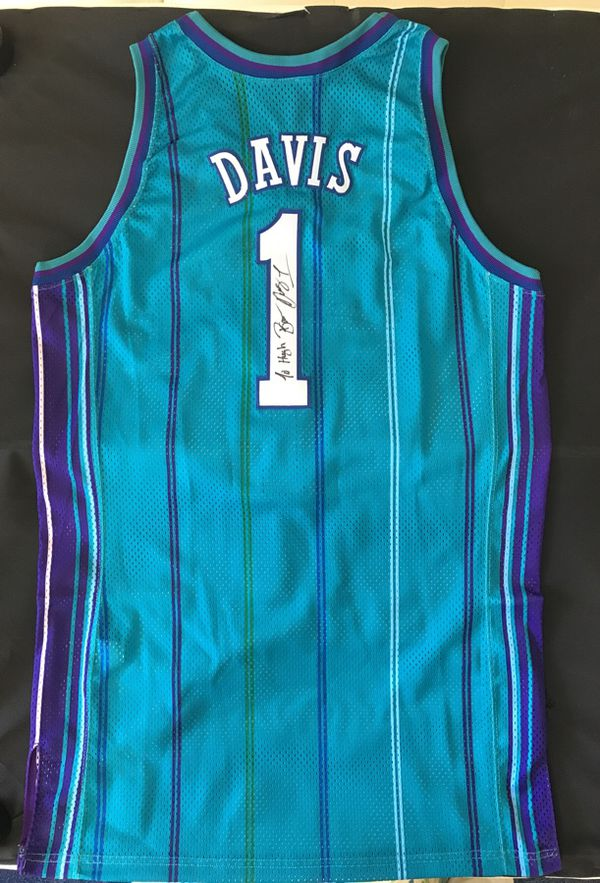 dbaa96b55 Autographed Baron Davis Original Charlotte Hornets Jersey (Worn In Game)