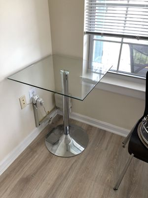 Glass table for Sale in Germantown, MD