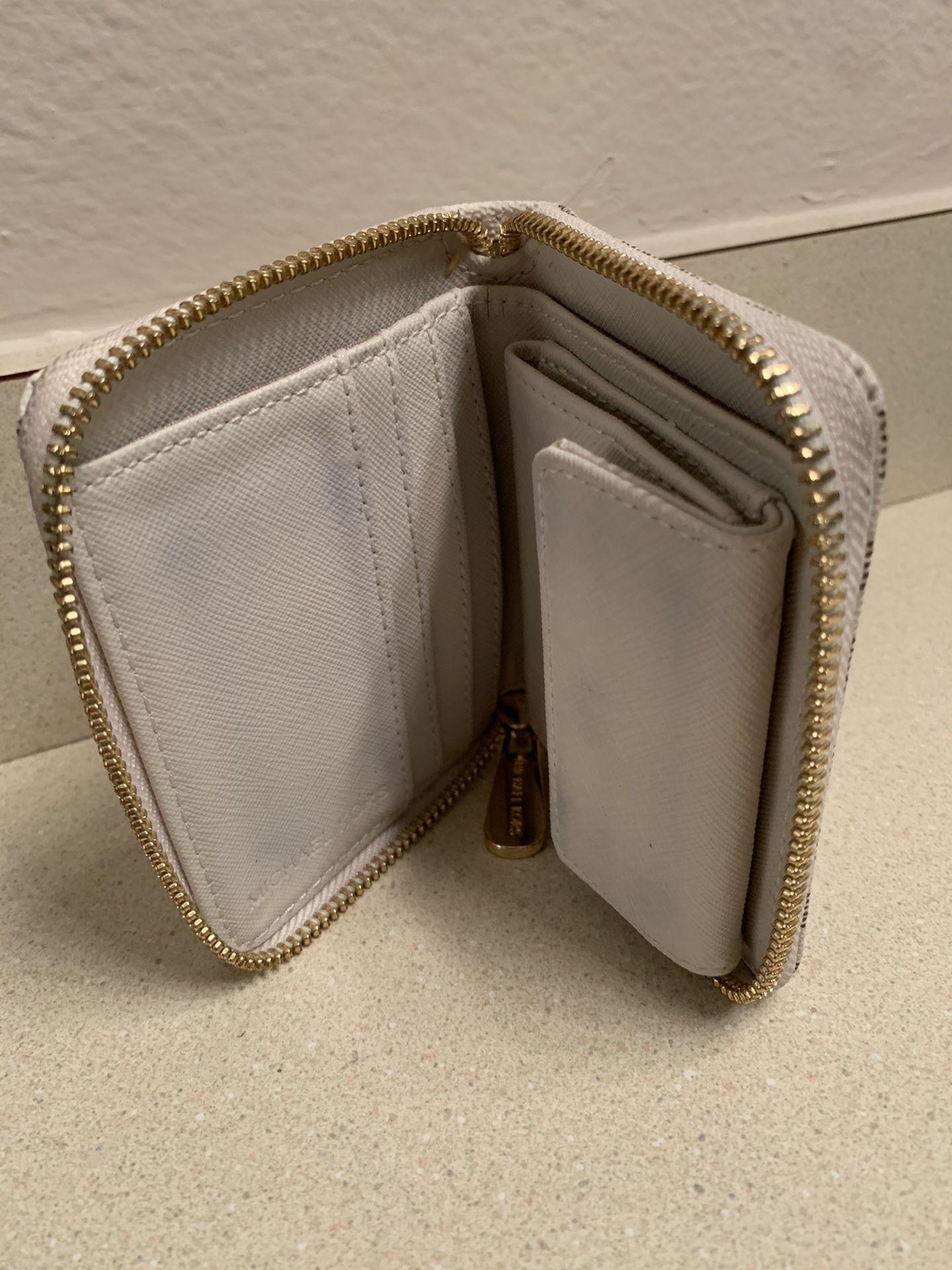 Michael Kors Wallet (Womens)