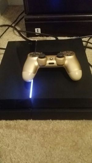 Ps4 with hundreds of dollars worth of games and items for Sale in Lake Ridge, VA