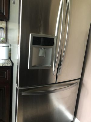 Photo Kenmoor elite fridge barley used looking for good offers really good condition