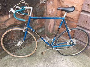 Photo Vintage road bicycle fast Raleigh Grand Prix