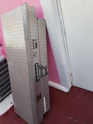 Husky tool box for Sale in Orlando, FL