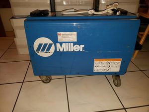 Welder Miller XMT 450 MPa for Sale in Alafaya, FL