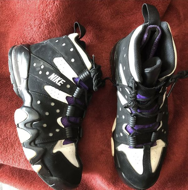 aca4f812e4 Nike Air Max 2 CB '94 2015 Basketball Shoes Men's US Size 11 Black/Purple/ White