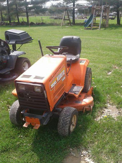 Kubota G4200 Diesel Garden Tractor Riding Mower With Plow