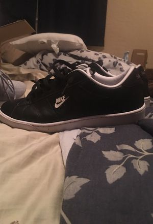 33f15ca448d8c1 Supreme Nike SB Tennis shoes for Sale in Gilbert