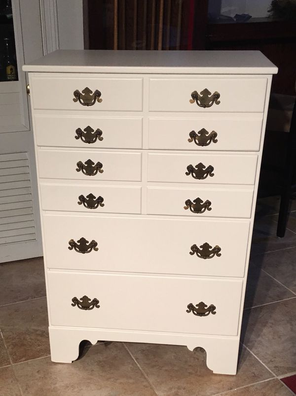 Dresser 4 Drawer Solid Wood Ethan Allen For In Richmond Va Offerup