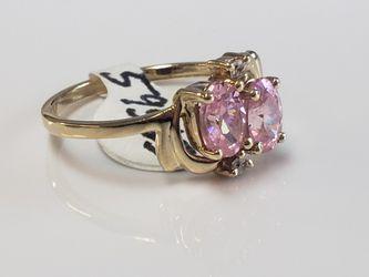 10k Yellow Gokd Pink Cz Ring 2 Grams Size 5.5 Thumbnail