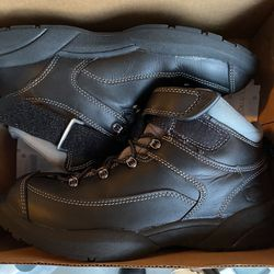 Men's Shoes Boots 9 1/2 Dr. Comfort Almost New Thumbnail