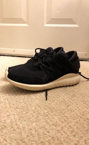 Adidas Tubular size 9 used for Sale in Fairfax, VA