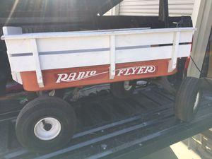 Photo Radio Flyer Wagon with Sideboards