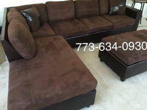 Brown sectional sofa with reversible chaise!!Brand new free delivery for Sale in Chicago, IL