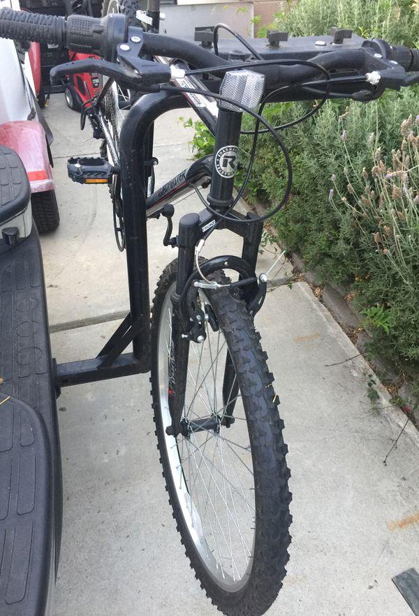 1b8d41f6c3b Roadmaster Granite Peak Mountain Bike 26