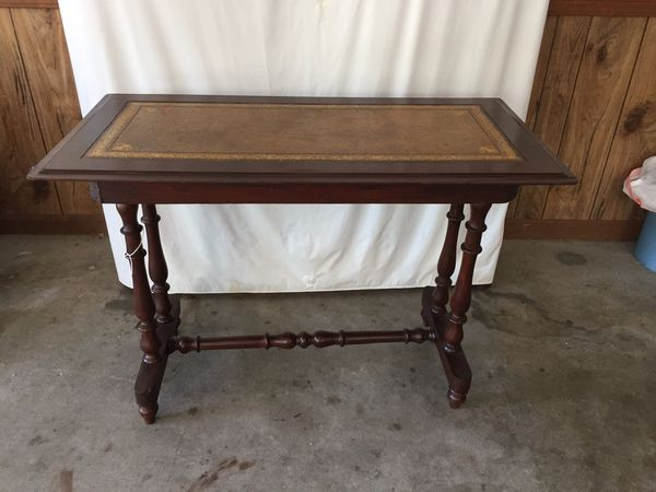 Amazing Vintage Sofa Table With Leather Top For Sale In Lilburn Ga Andrewgaddart Wooden Chair Designs For Living Room Andrewgaddartcom