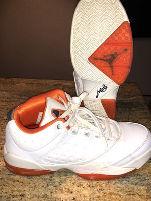 Air Jordan Melos size 9 for Sale in Pittsburgh, PA