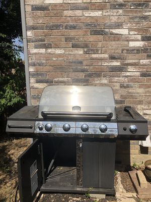 TUSCANY BBQ GRILL for Sale in Roanoke, TX