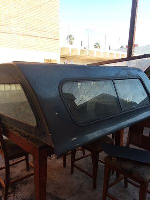 camper came off a 2007 gmc sierra for Sale in Long Beach, CA