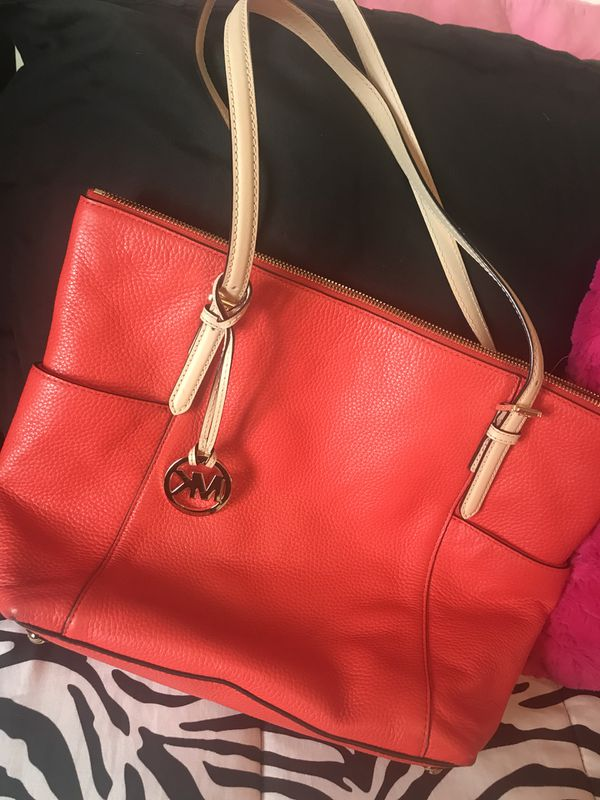 546e973e59 Coral Michael Kors Purse for Sale in High Point