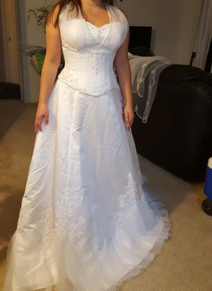 Wedding dress size 12 for Sale in Ashburn, VA