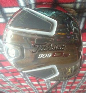 Titleist 909 D2. 9.5 Golf Club Driver/ Head Cover for Sale in Fresno, CA