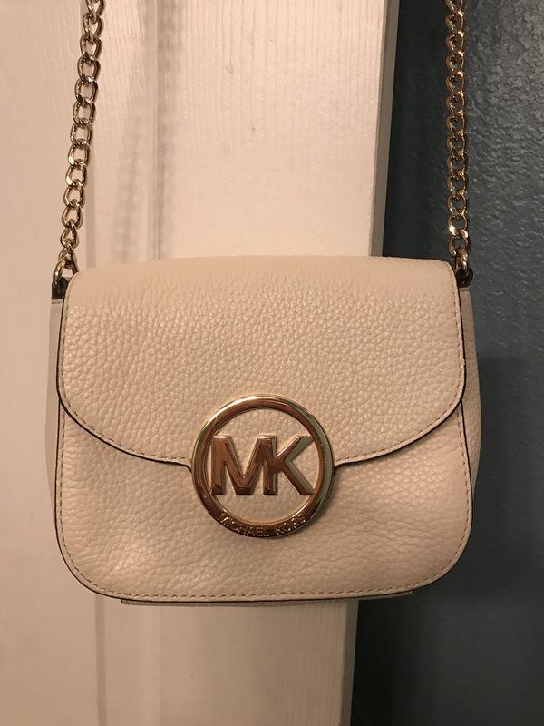 de56a7c2bfaa40 Authentic MK crossbody handbag for Sale in Orlando, FL - OfferUp