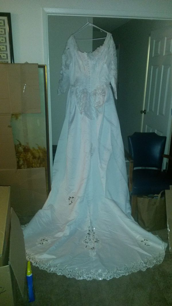Gloria Vanderbilt wedding dress (Clothing & Shoes) in Westminster ...