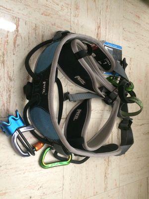 Petzl climbing harness for Sale in Salt Lake City, UT