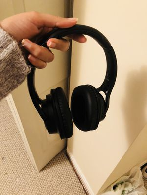 Mpow H7 Bluetooth headphones for Sale in Takoma Park, MD