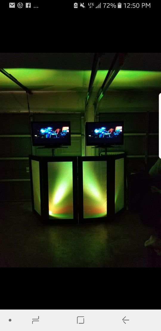 Dj Equipment Dj Facade With 2 Uplights And 2 32 Tv With Stands