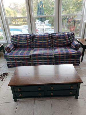 Sofa and love seat & 2 ottomans for Sale in Loganville, GA