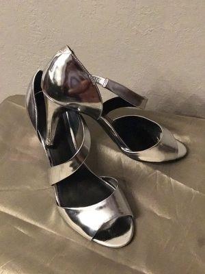 Womens Size 9 heels for Sale in Atlanta, GA
