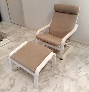 Photo IKEA Poang Lounge Chair with Ottoman Footrest