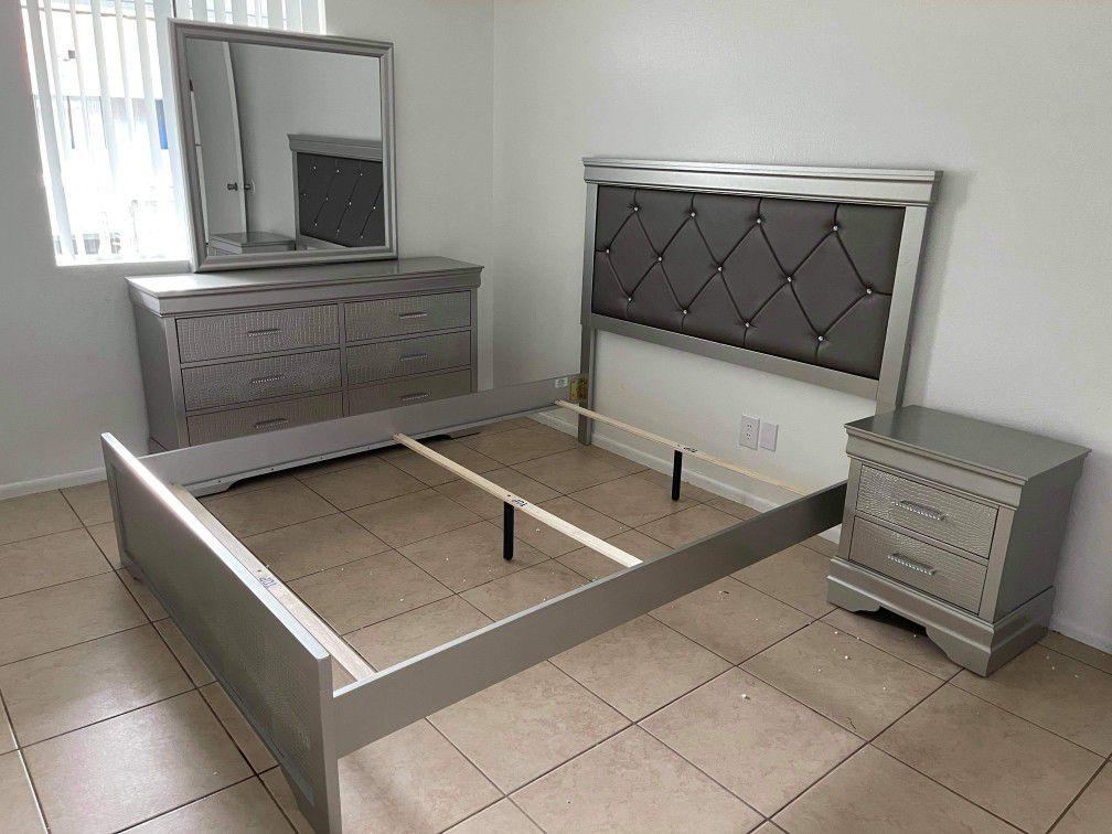 Queen Bedroom Set  Finance Available