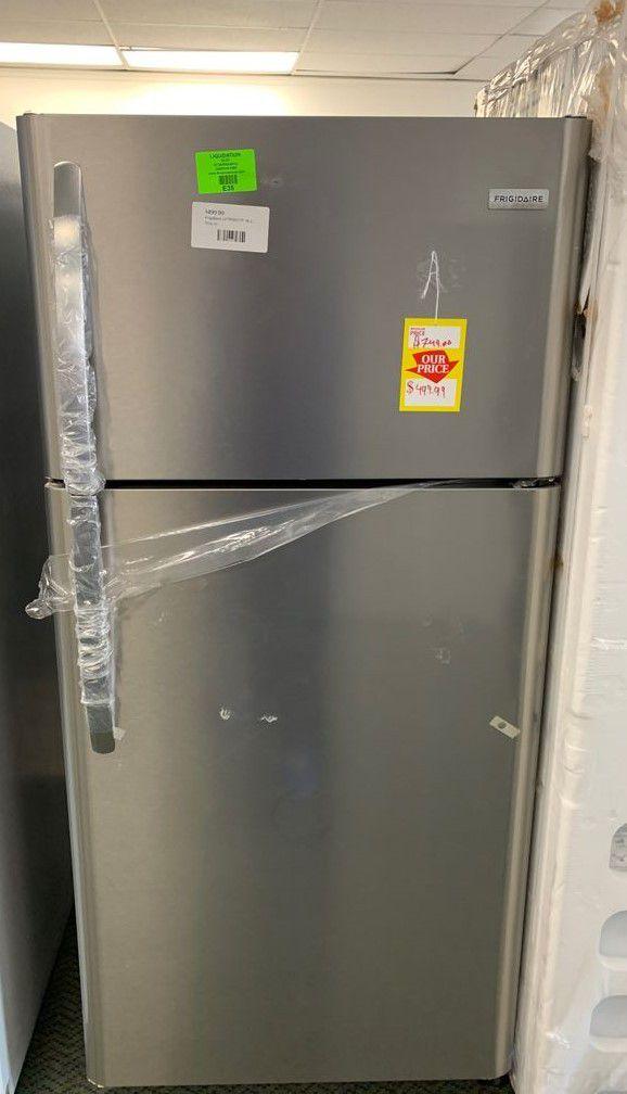 Brand new Frigidaire LFTRTF refrigerator
