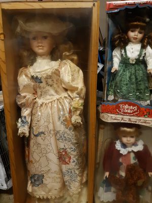 Antique dolls brand new in the box for Sale in Baton Rouge, LA