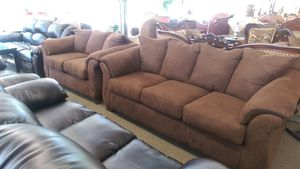 New Darcy Sofa & Loveseat Set for Sale in Cleveland, OH