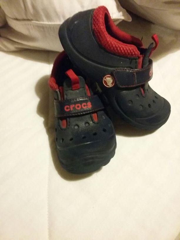 Crocs c12