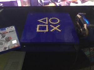 PlayStation 4/ Days Of Play Edition for Sale in Federal Way, WA