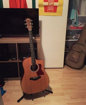 PRICE DROP Taylor 110CE Acoustic Electric Guitar with case NEED GONE TODAY for Sale in Winter Park, FL